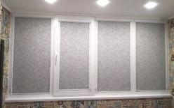 Белые кассетные рулонные шторы